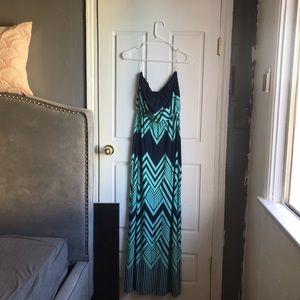 Trixxi - Strapless Summer Maxi Dress